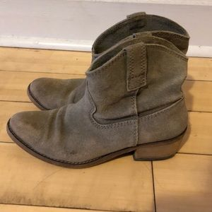 Minelli Suede Ankle Boots